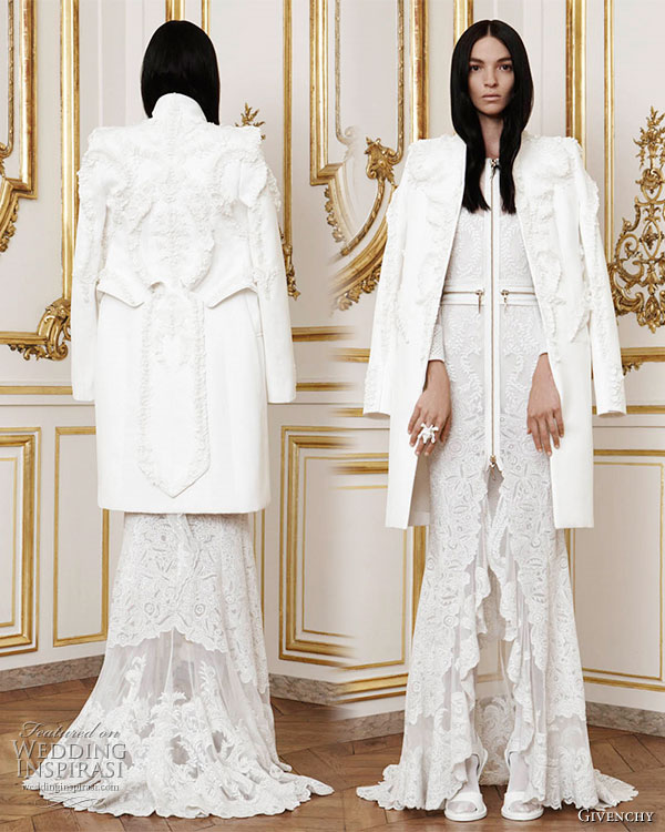 Givenchy Fall Winter 2010/2011 Haute Couture, designed by Riccardo  Tisci - Calacas: long dress in bone white tulle embroidered with a lace  design in silk thread worn with a jacket in matching cotton double  duchess embroidered with three dimensional 'porcelain' coated lace  motifs