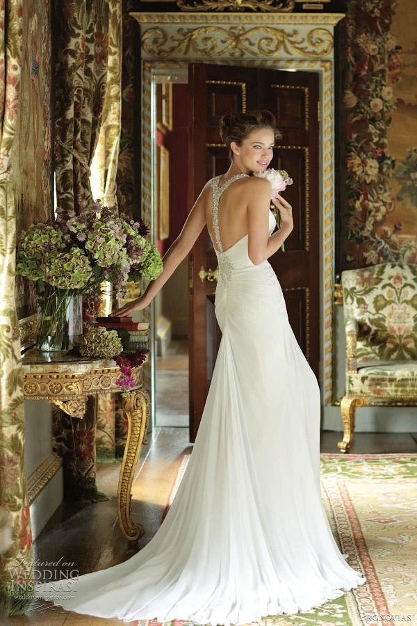 Pronovias 2012 Wedding Dresses Wedding Inspirasi Page 2