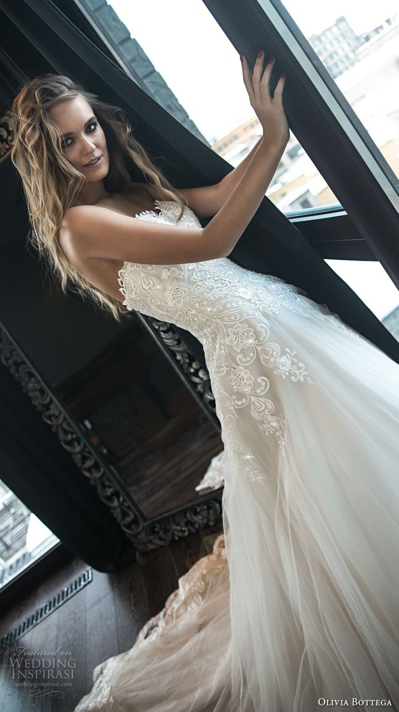 olivia bottega 2018 bridal strapless sweetheart neckline heavily embellished bodice romantic blush a  line wedding dress chapel train (8) zv