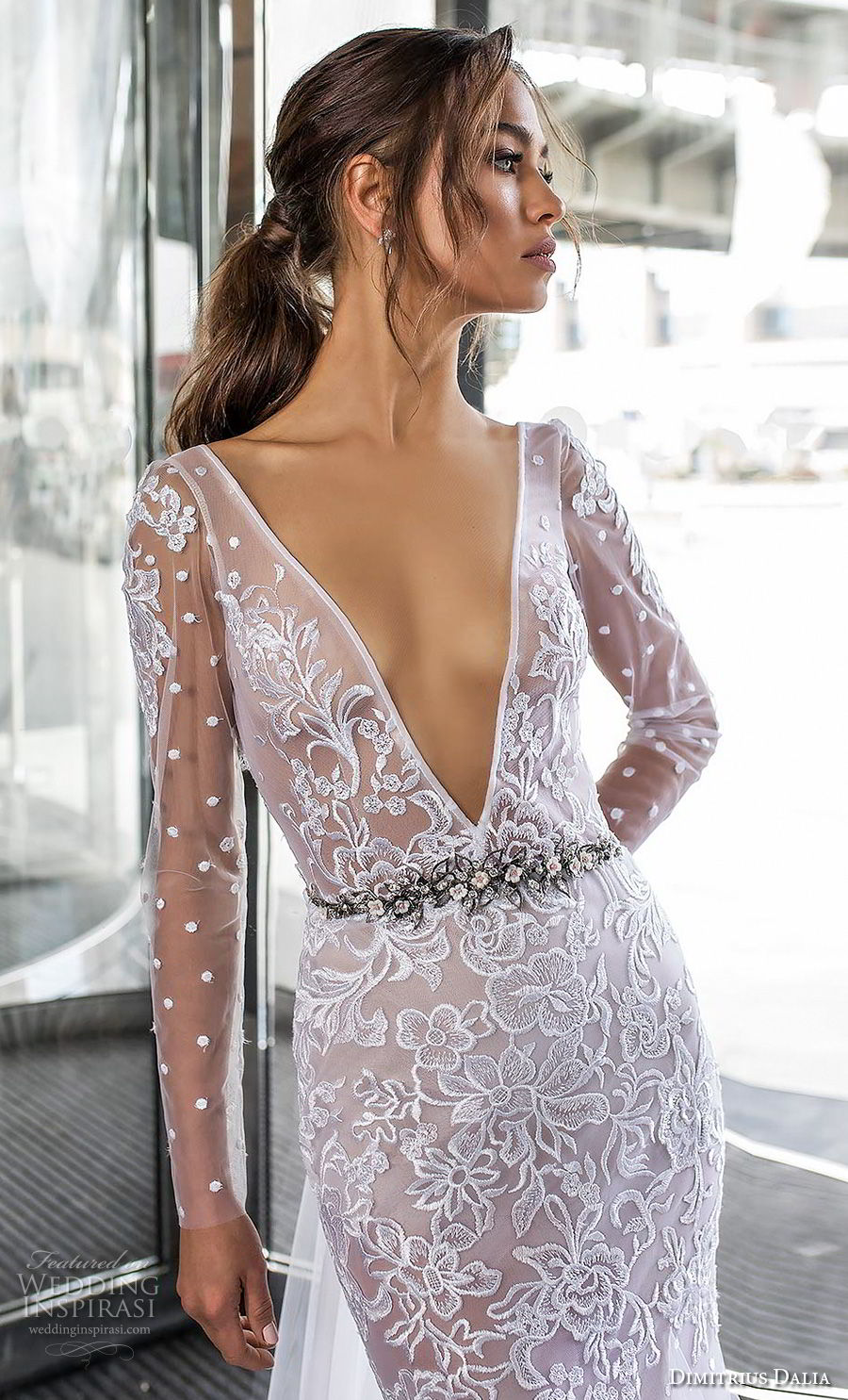 dimitrius dalia 2018 royal long sleeves deep v neck heavily embellished bodice tulle skirt sexy trumpet wedding dress chapel train (3) zv