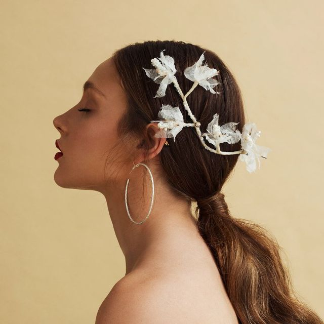 "tami bar-lev's ""high by the beach"" bridal hair accessories"