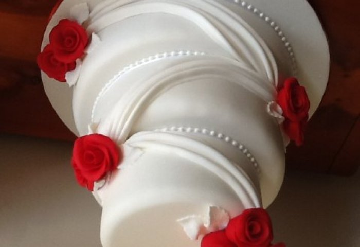 Annes Cake Creations Wedding Cakes In Northwich Cheshire