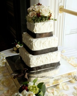 DIY wedding cakes for LDS receptions
