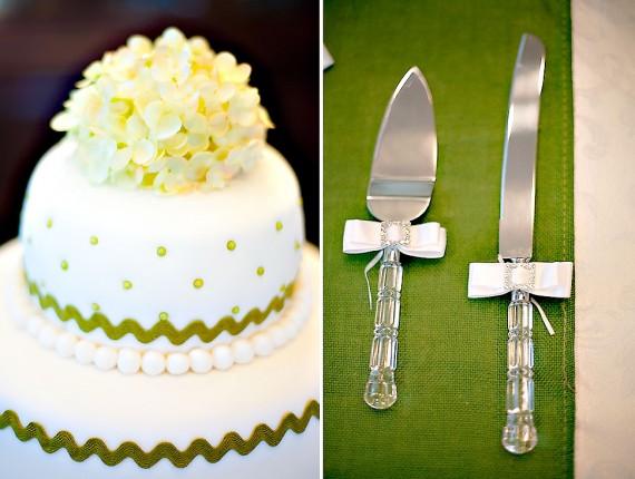 How to Cut an LDS wedding cake