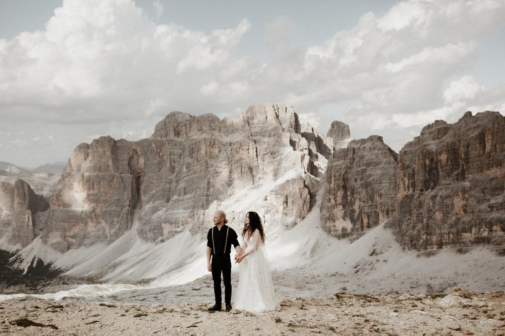 Couple during a Mountain Elopement