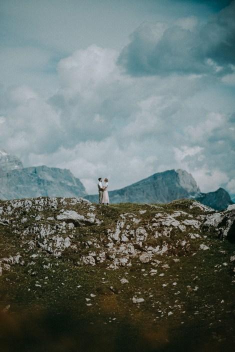 Pärchen Heiratet In Den Dolomiten Südtirol Spitze der Welt In Den Bergen