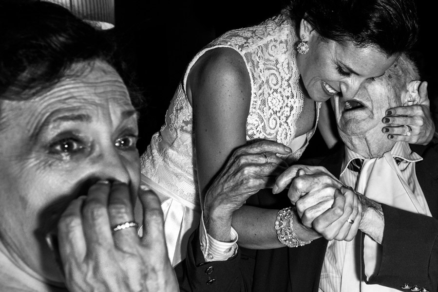 wedding photography awards emotional moments
