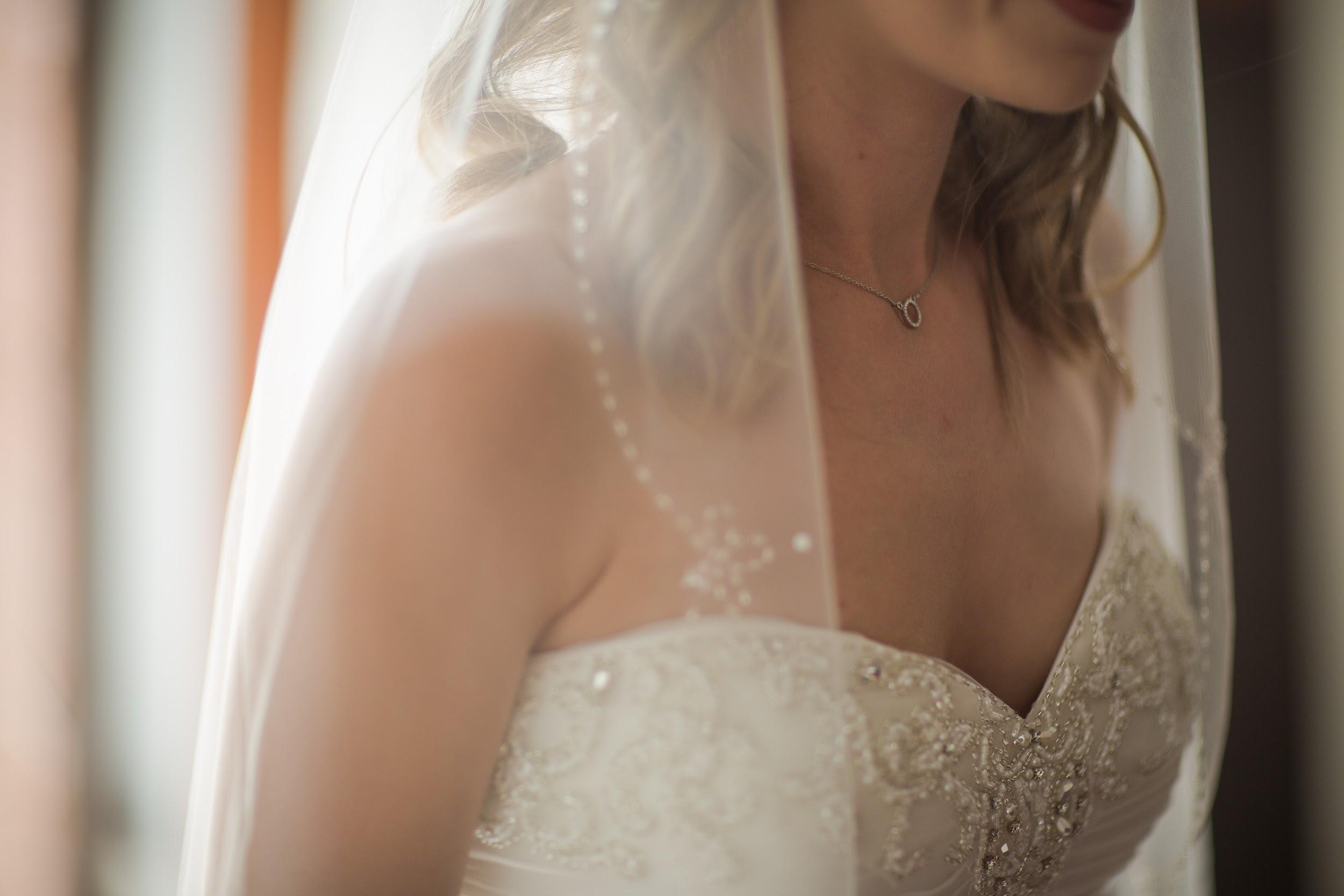wedding photo shoots intricate details