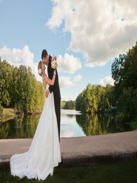 Pavilion On Crystal Lake In Middletown CT Wedding Venues