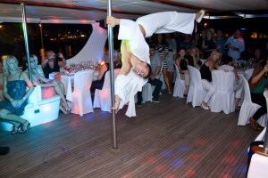 yacht-Wedding-entertainment