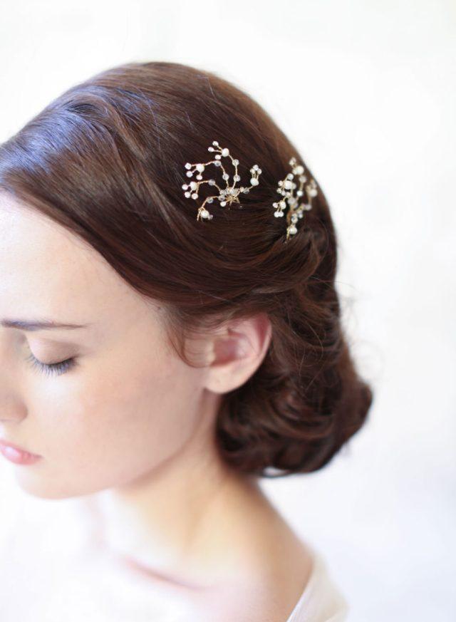 26 subtle but stunning wedding hair combs | weddingsonline