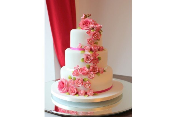 French Wedding Cakes   Wedding Cakes   weddingsonline Wedding Cakes   French Wedding Cakes