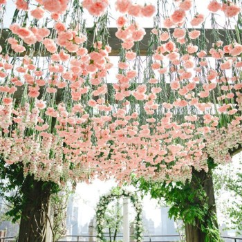 20+ Suspended Floral Decor ideas that will enchant you