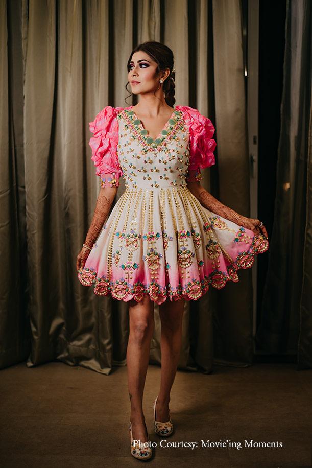 puffed sleeved dress