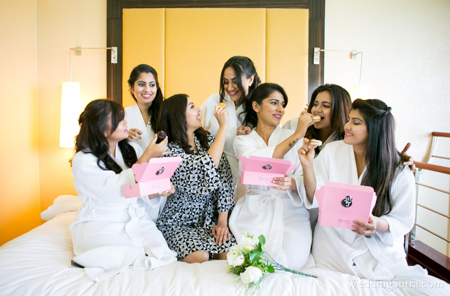 3-c1-Bridesmaid candid-9331