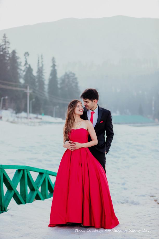 pre-wedding shoot in Gulmarg, Kashmir