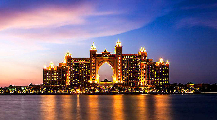A grand wedding at the iconic Atlantis The Palm, Dubai that was a feast for all the senses