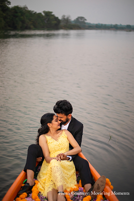 Ronit and Dhwani's pre-wedding photoshoot was packed with fun poses in a boat, garden, a quirky library, and more
