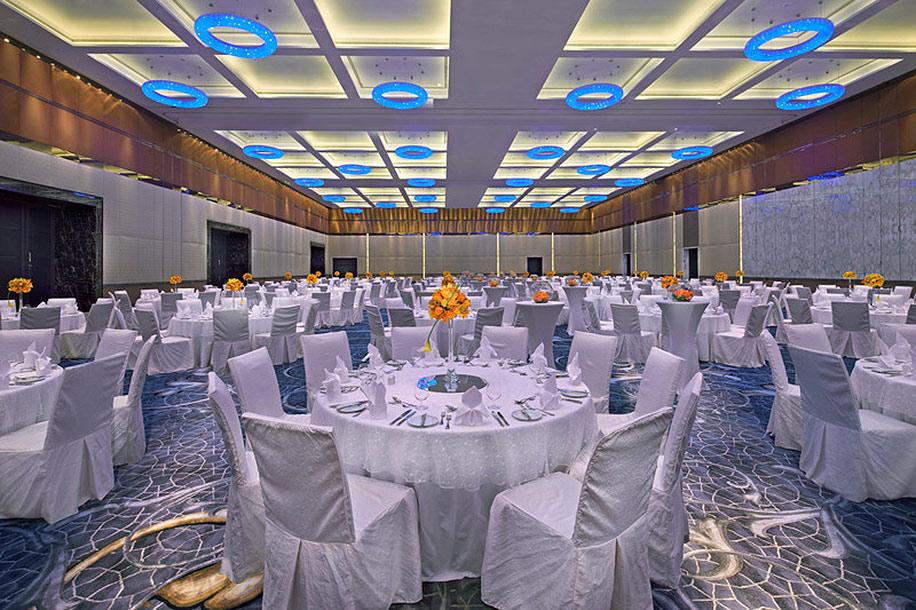 Wedding Inspiration of the week - Jumeirah at Etihad Towers, Abu Dhabi