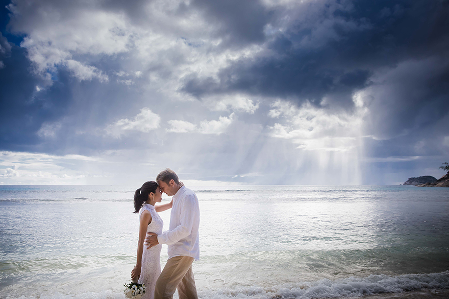 Len and Tom's Post-Wedding Photoshoot in Stunning Seychelles