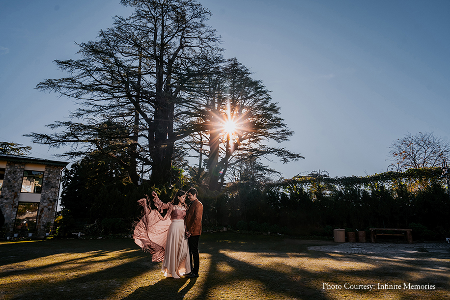 The quaint verdant hill station of Mussoorie provided the most picture-perfect backdrop for this romantic pre-wedding shoot