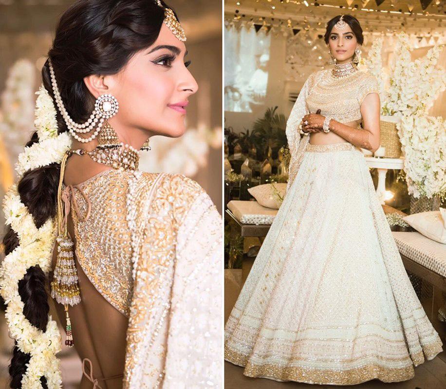 Sonam Kapoor's Mehndi Outfit by Abu Jani Sandeep Khosla