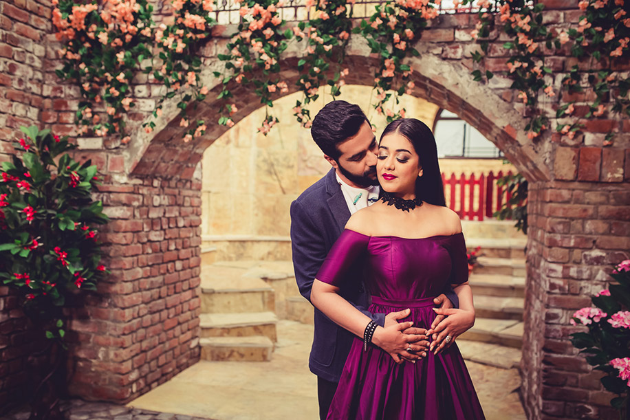 Maheema and Varun for a Pre-wedding Photo Shoot at 'The Perfect Location', Faridabad