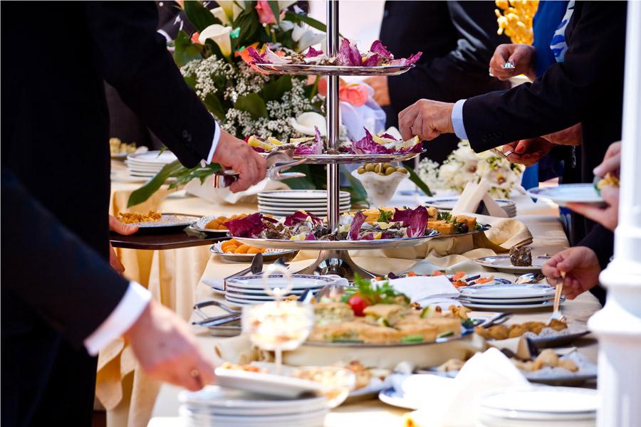 Small Wedding Reception Food Ideas