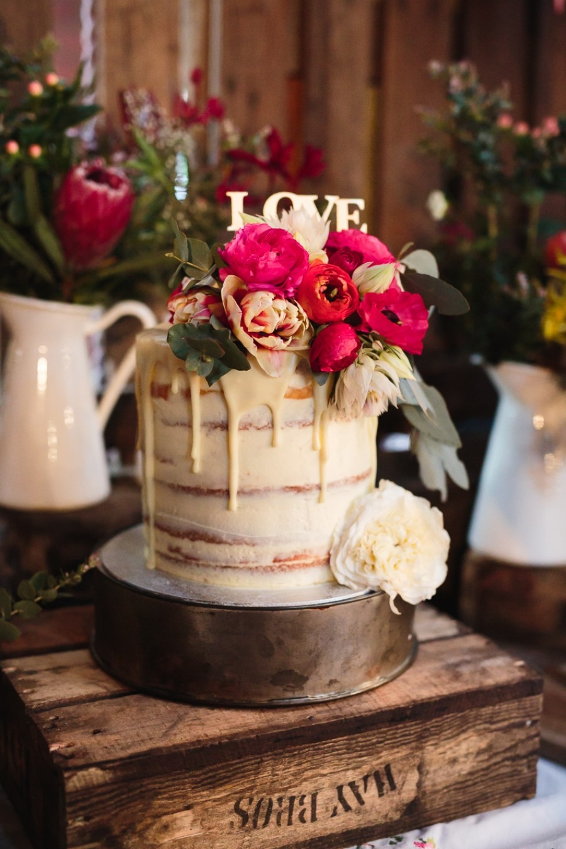 20 Drip Wedding Cake
