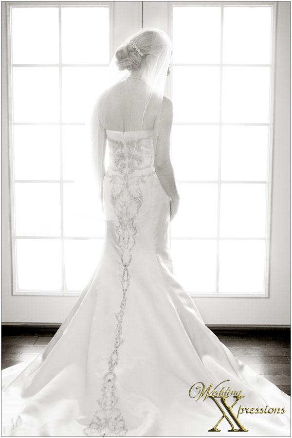 bride window light photography
