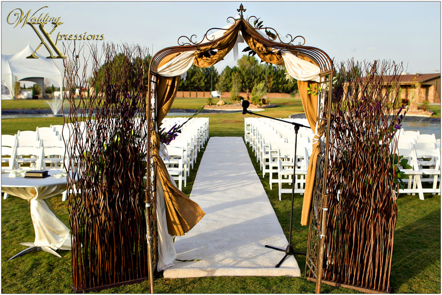 Grace Gardens wedding ceremony