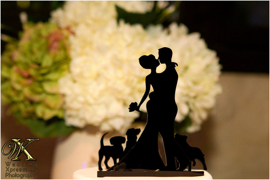 cake topper with three dogs