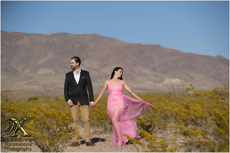 engagement session at Franklin Mountains in El Paso