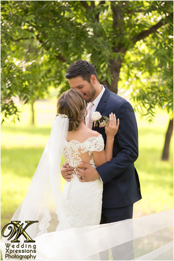 wedding photography at Pecan Orchards in El Paso