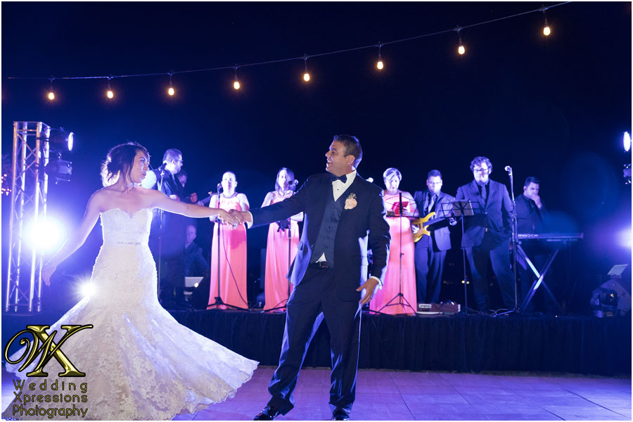 wedding first dance in El Paso Texas. El Paso wedding photographers Wedding Xpressions