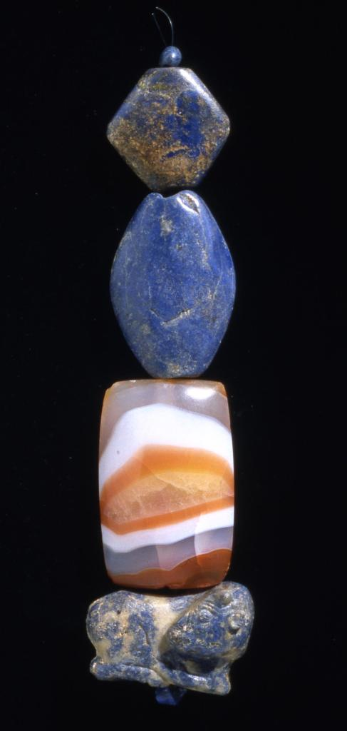 Lapis lazuli and agate beads, c. 2600 BCE (BM 121419)