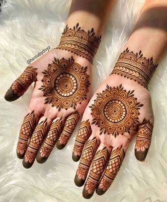 mehendi designs for bridesmaid