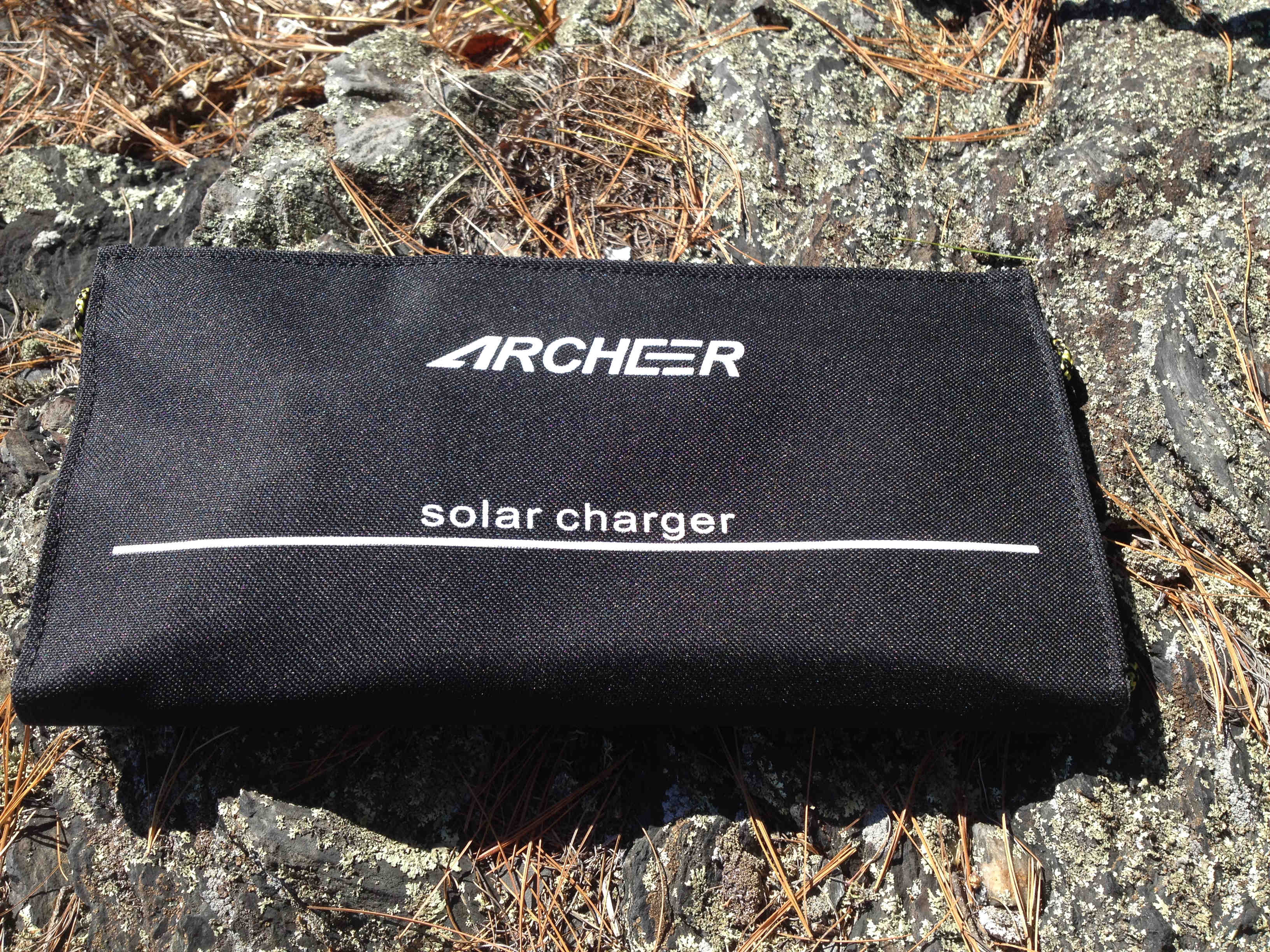 archeer-solar-charger
