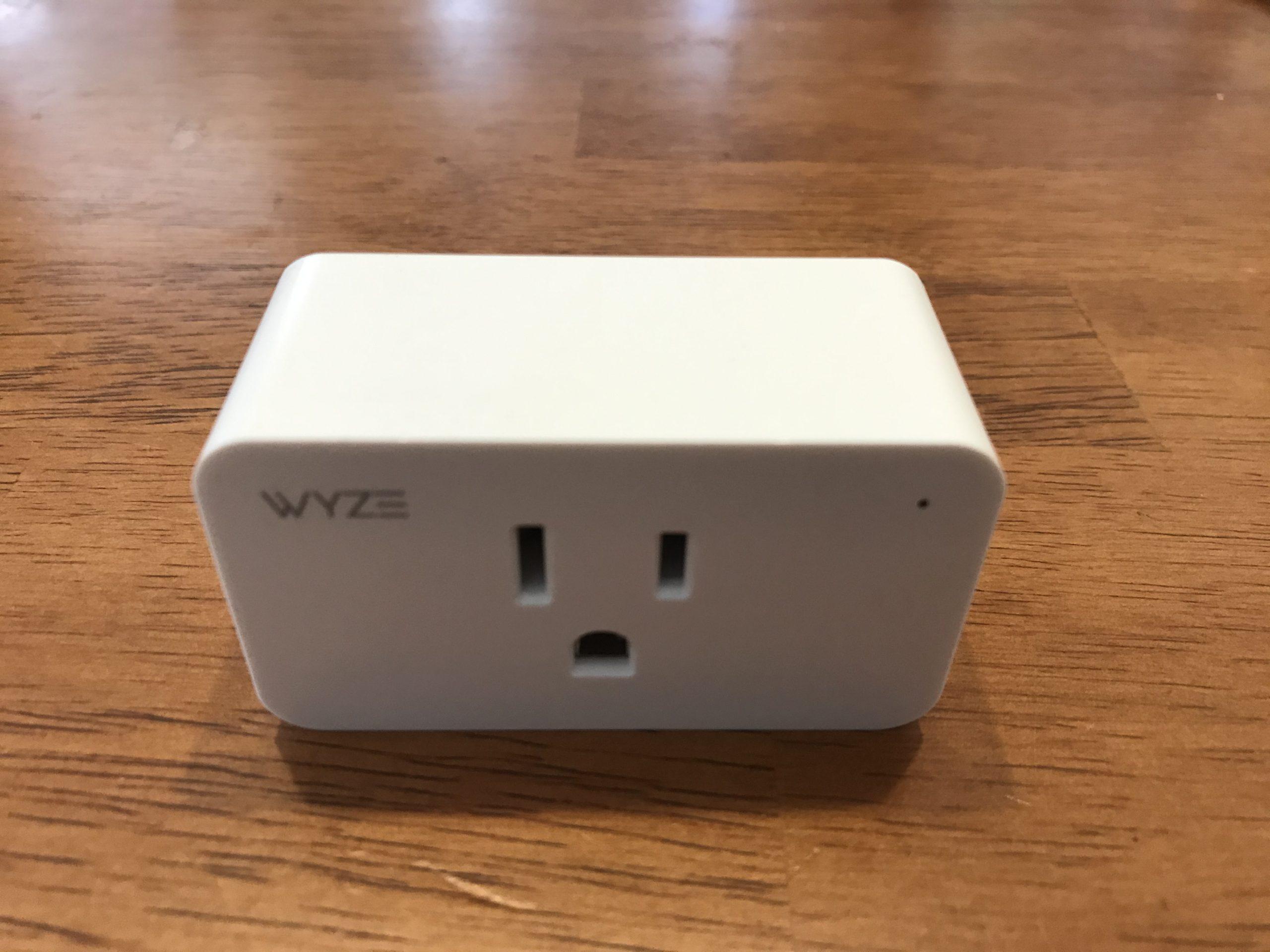Wyze Plug Front