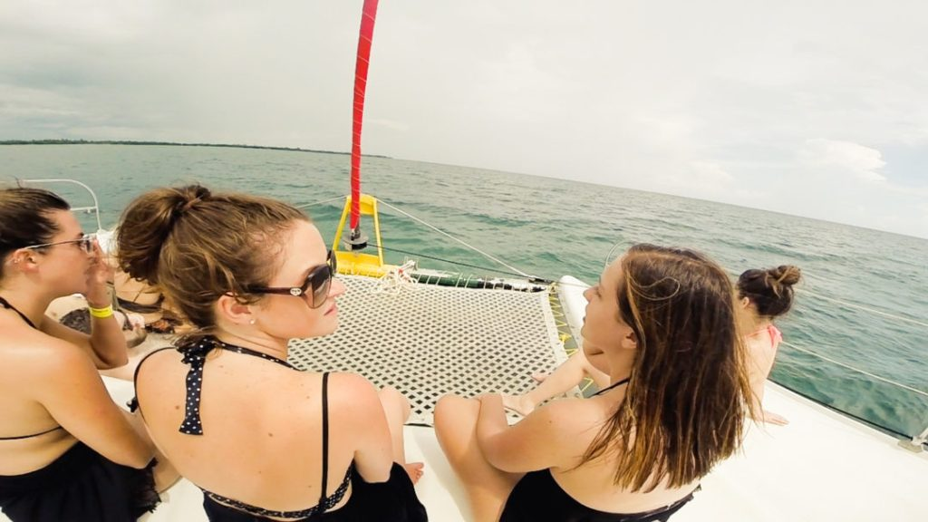 Sailboat: Snorkelling in Caye
