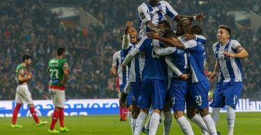Joueurs du FC Porto fetant un but - Saison 2017-2018