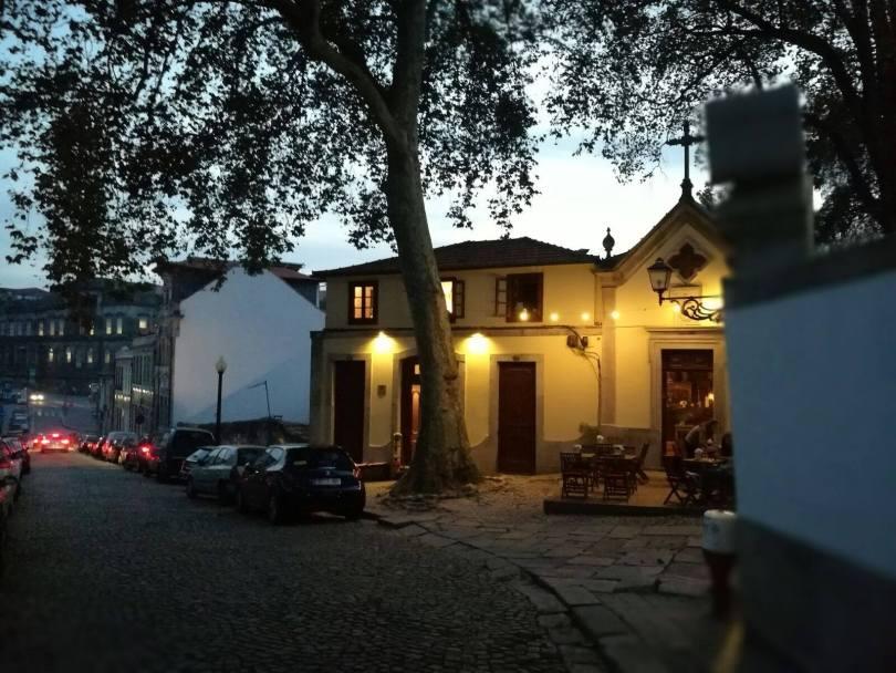 Capela Incomum - Bar a vins dans une ancienne chapelle - Porto