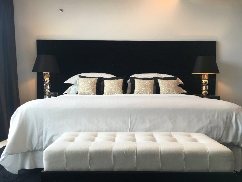 Lit de la Suite Presidentielle - Sheraton Porto Hotel Spa - Hotel 5 etoiles - Porto