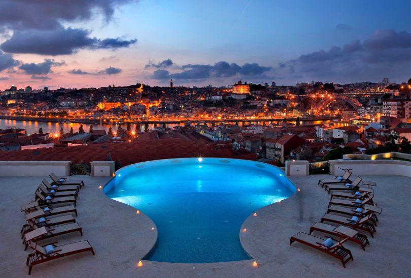 Piscine exterieure - The Yeatman Hotel - Vue sur Porto