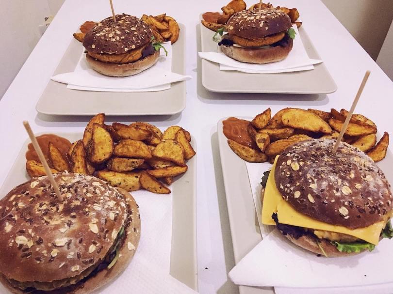 Burgers vegan de chez Black Mamba - Porto
