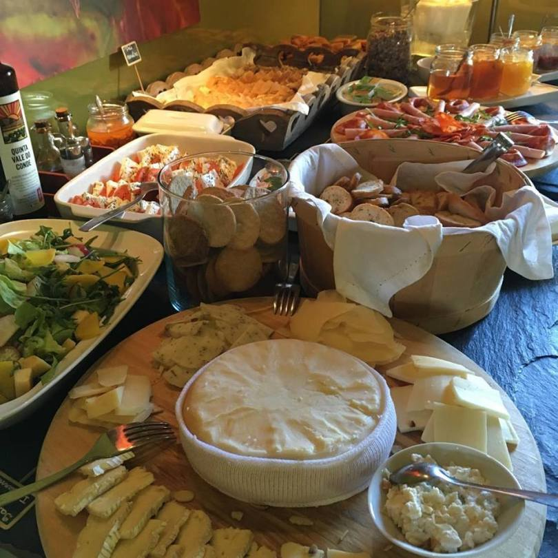 Buffet du brunch du Soundwich - Porto