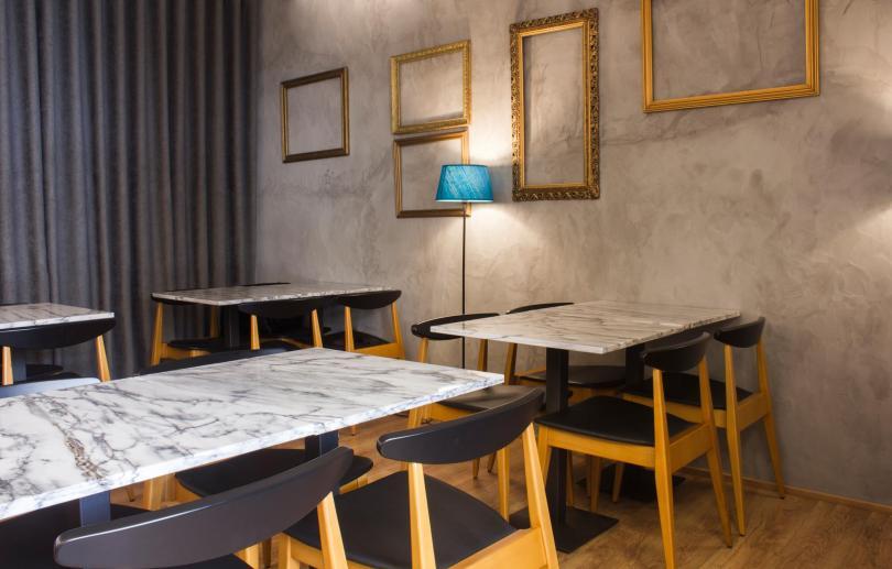 Salle du restaurant Cruel - Porto