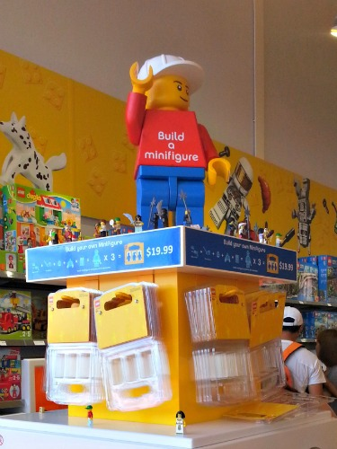 94 The Lego Store Make Your Own Minifigure Youtube Lego