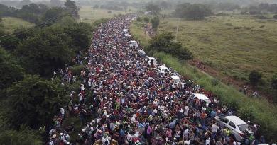 Convicted criminals, 20 nationalities in caravan