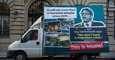 In Hungary van with billboard opposing mass Muslim migration harassed by cops